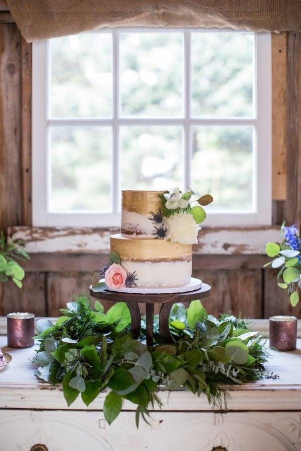 Rustic Glam Wedding Cake via Pretty My Party