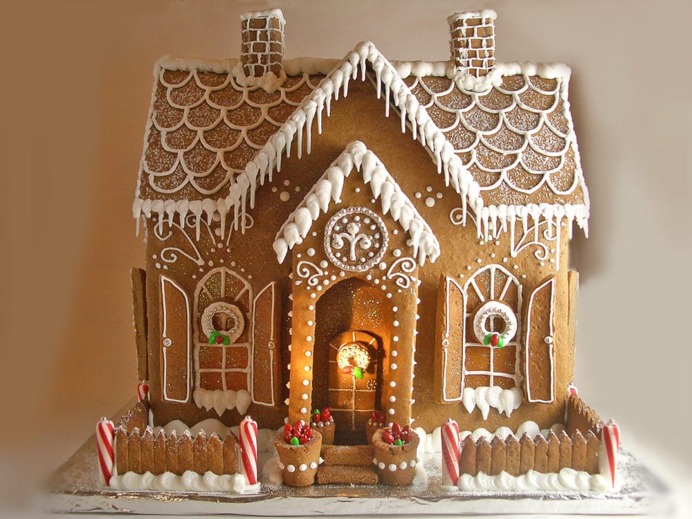 14 Incredible Gingerbread Houses Pretty My Party