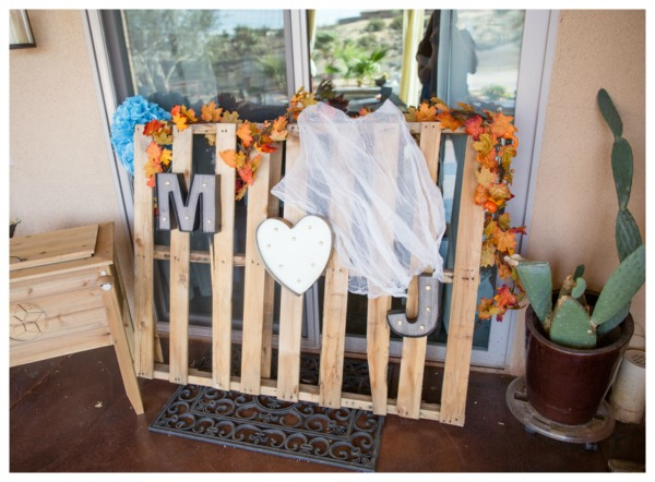 Wood Pallet Baby Shower Decoration | Pretty My Party