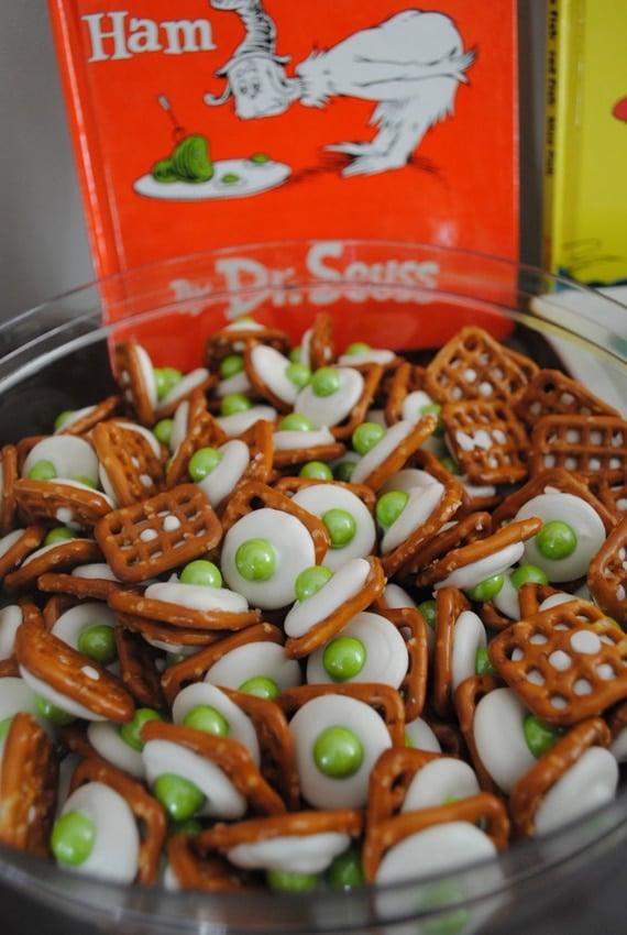 Green Eggs and Ham Pretzel Snack Idea | Pretty My Party