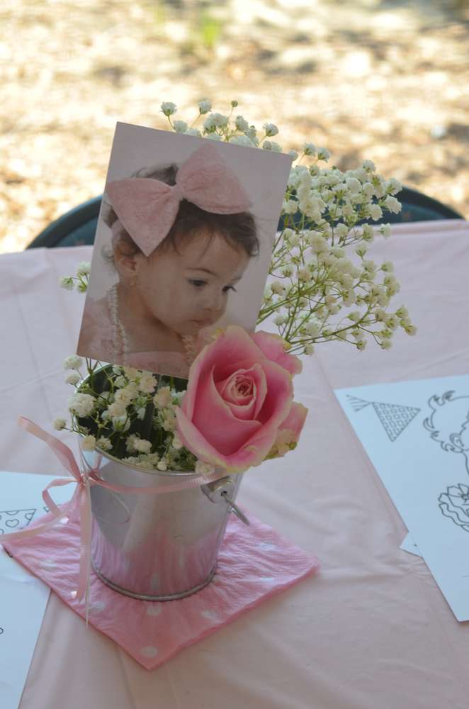 Baby Photo Table Centerpiece Idea via Pretty My Party
