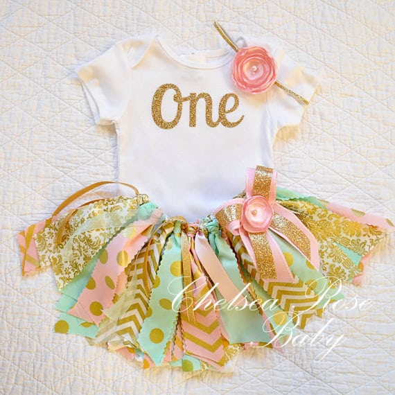 First Birthday Tutu Outfit via Pretty My Party