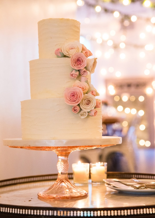 whimsical wedding cake nyc a whimsical new york city wedding 27166