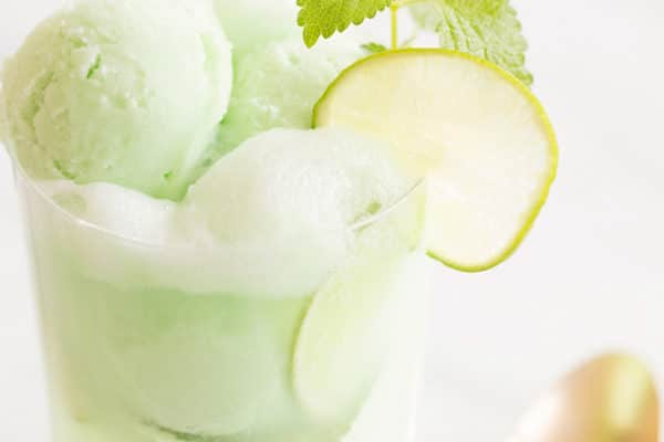 10 Summer Boozy Ice Cream Floats