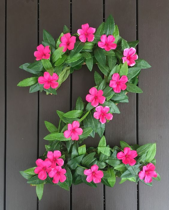 DIY Moana Party Floral Number Decor | Pretty My Party