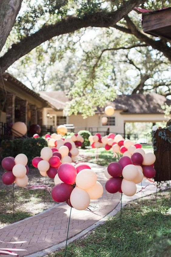 DIY Balloon Party Path | DIY Balloon Party Ideas | Pretty My Party