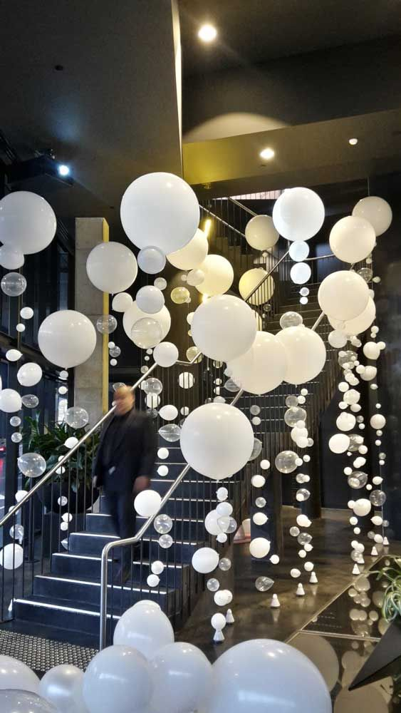 45 awesome diy balloon decor ideas pretty my party for Home decorations with balloons