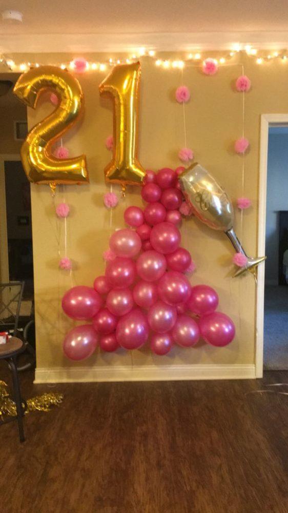 DIY Champagne Balloon Decor Idea | Pretty My Party