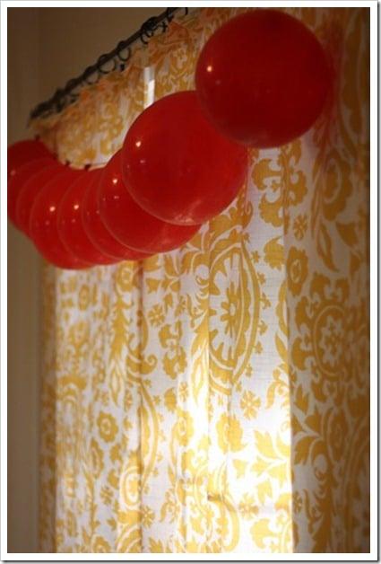 Easy Balloon Garland | DIY Balloon Party Ideas | Pretty My Party
