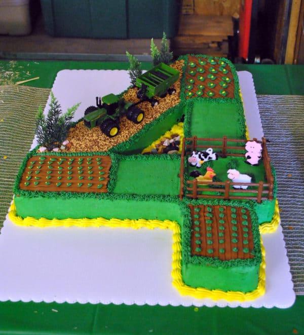 John Deere Number Birthday Cake | Pretty My Party