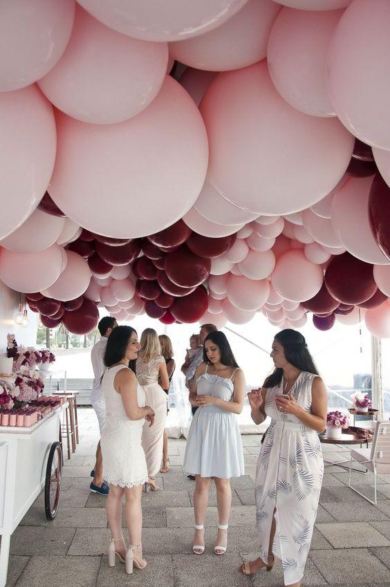 DIY Jumbo Ceiling Balloons | DIY Balloon Ideas | Pretty My Party