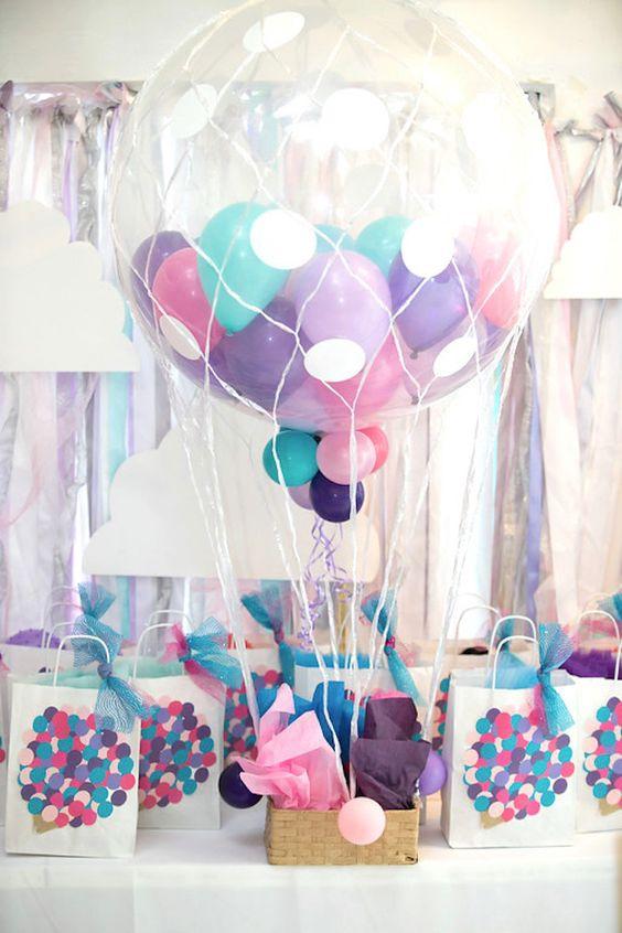 DIY Hot Air Balloon | DIY Balloon Party Ideas | Pretty My Party