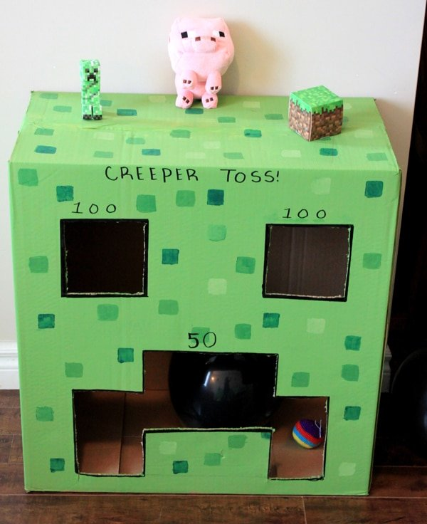Minecraft Creeper Toss Game