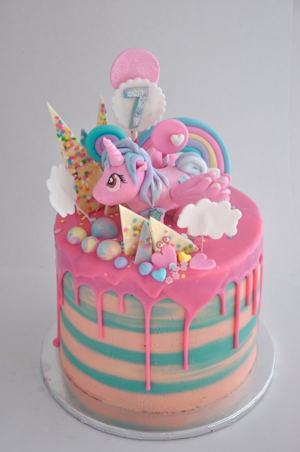My Little Pony Drip Cake | Pretty My Party