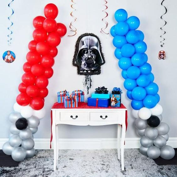 DIY Star Wars Light Saber Balloons | DIY Balloon Party Ideas | Pretty My Party