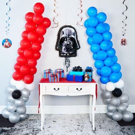 DIY Star Wars Light Saber Balloons | DIY Balloon Party Ideas | Pretty My Party