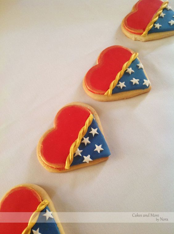 Wonder Woman Heart Cookies | Wonder Woman Party Ideas