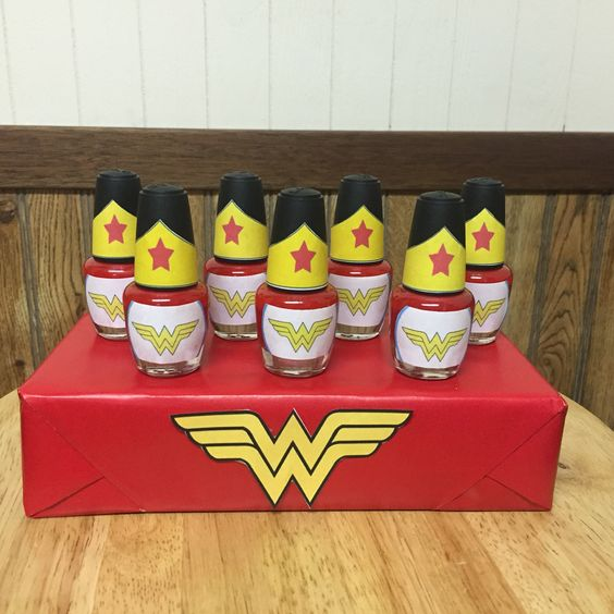 Wonder Woman Nail Polish Party Favors | Wonder Woman Party Ideas