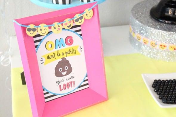 Emoji Party Sign | Emoji Birthday Party Ideas