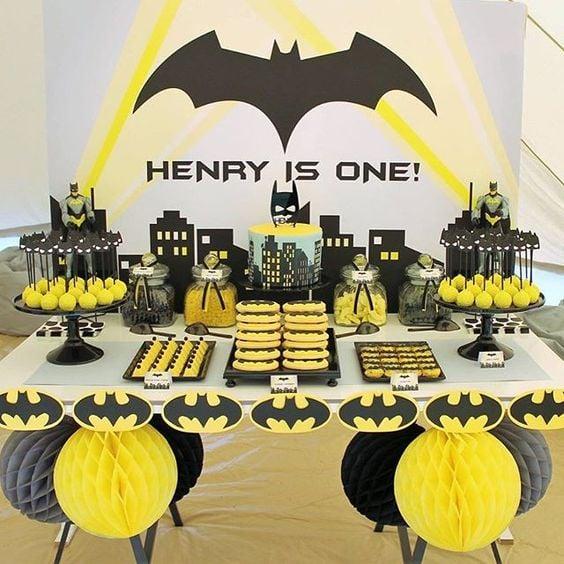 Batman Party Dessert Table   Batman Party Ideas