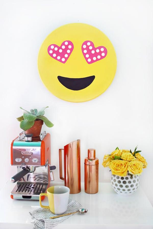 DIY Emoji Marquee | Emoji Birthday Party Ideas
