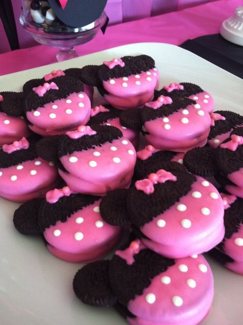 Minnie Mouse Party Ideas   Minnie Mouse Oreos