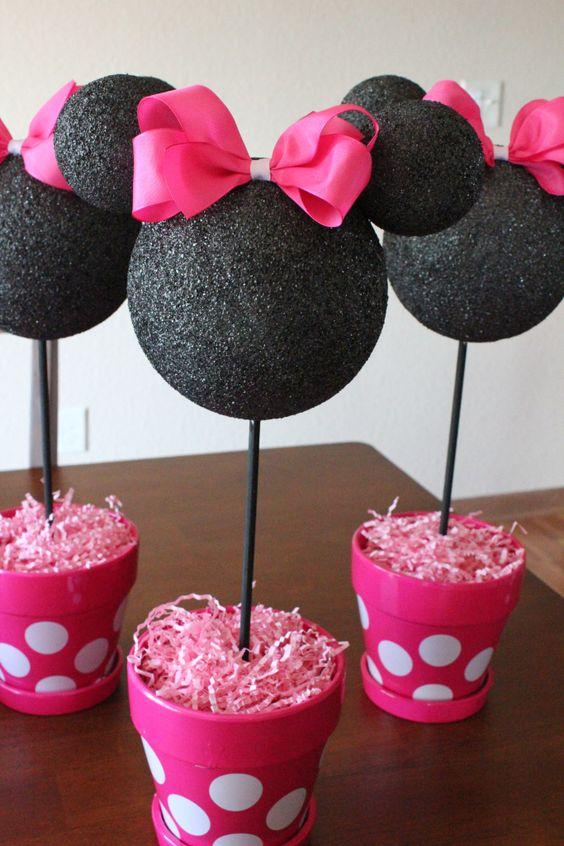 Minnie Mouse Party Ideas   DIY Centerpieces