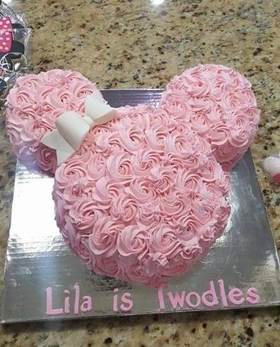 Minnie Mouse Party Ideas   Minnie Cake