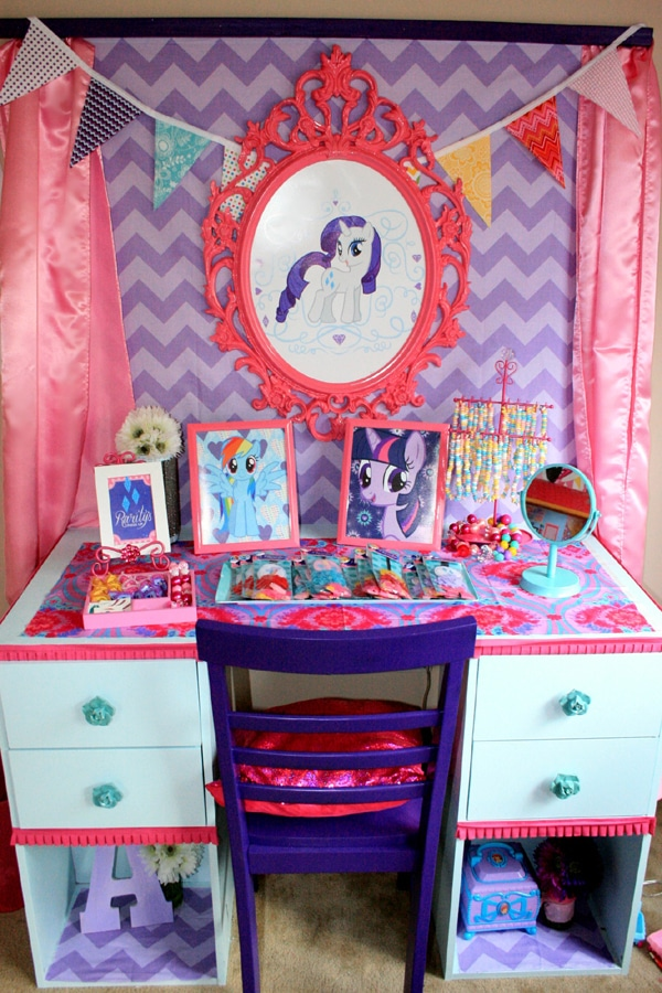 My Little Pony Party Favor Station | My Little Pony Party Ideas