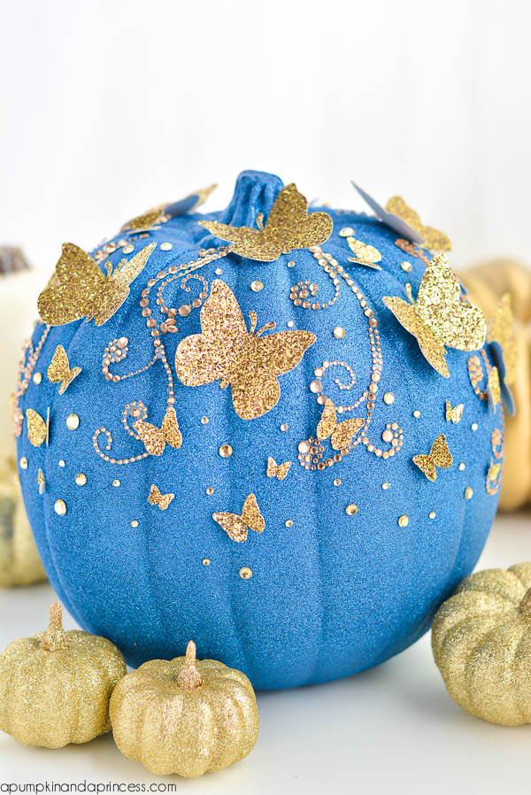 DIY Cinderella Glitter Pumpkin | Cinderella Party Ideas