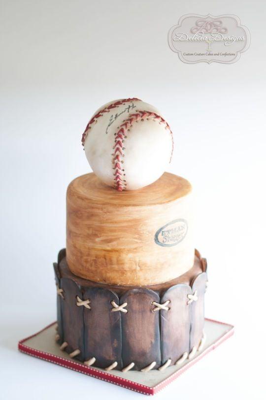 Baseball Cake | Baseball Party Ideas