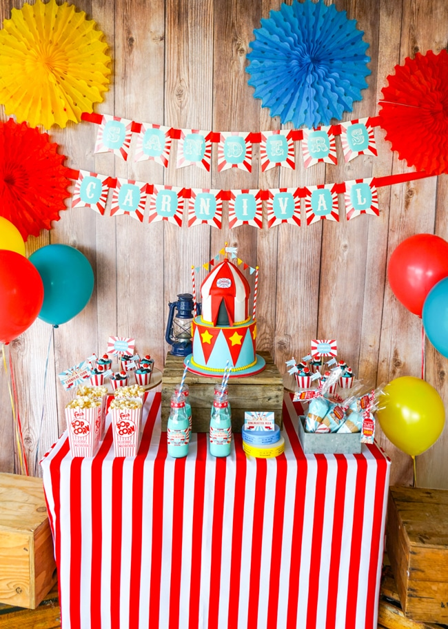 Most popular kids party themes: Backyard Carnival Party