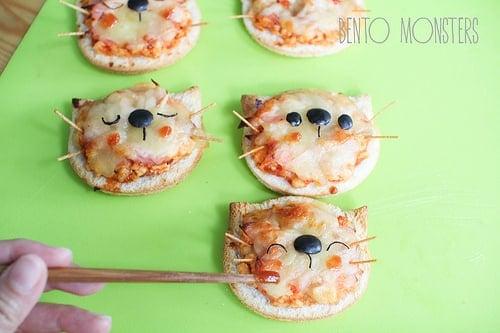 Mini Cat Pizzas | Cat Party Ideas