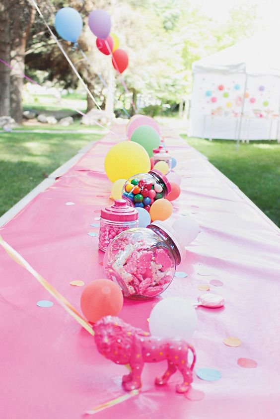 Circus Animal Cookie Party Table | Circus Animal Cookie Party Ideas