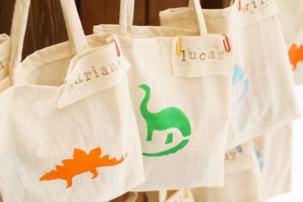 Dinosaur Favor Bags | Dinosaur Birthday Party Ideas