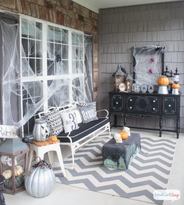 Halloween Front Porch Ideas