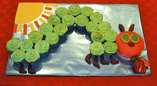 Very Hungry Caterpillar Cupcake Cake | Very Hungry Caterpillar Party Ideas