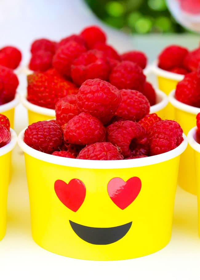 Awesome Emoji Themed 11th Birthday Party Food