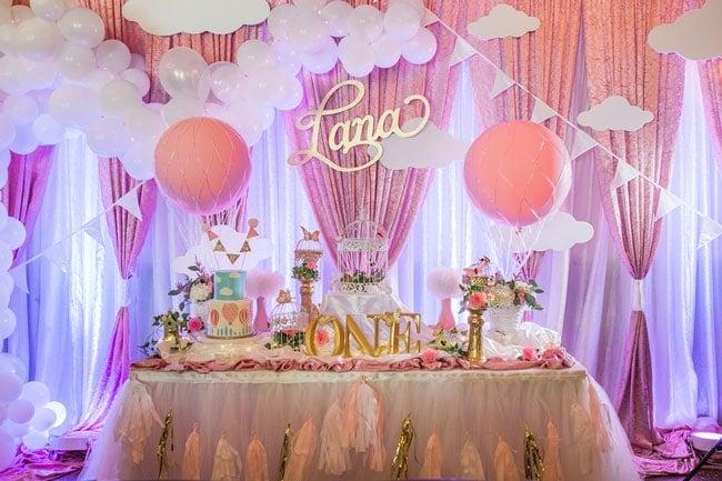 1st Birthday Themes Girl.Gorgeous Hot Air Balloon 1st Birthday Party