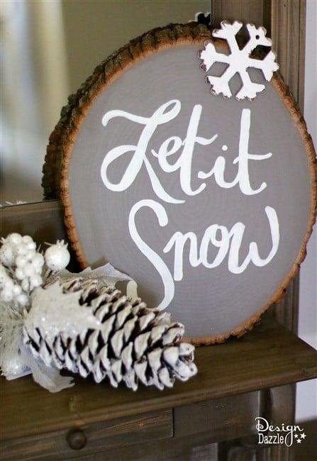DIY Wood Slice Christmas Signs