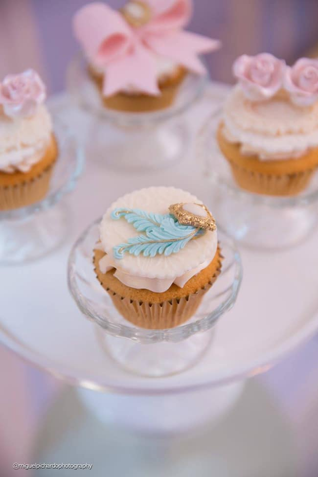 Gorgeous Marie Antoinette Baby Shower Cupcakes - Pretty My Party