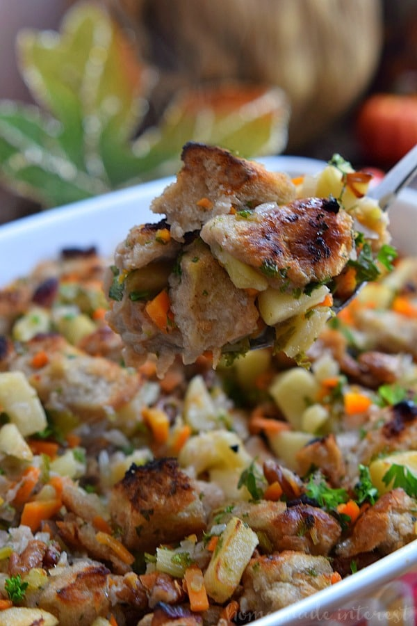 Apple Pecan Stuffing Recipe for Thanksgiving