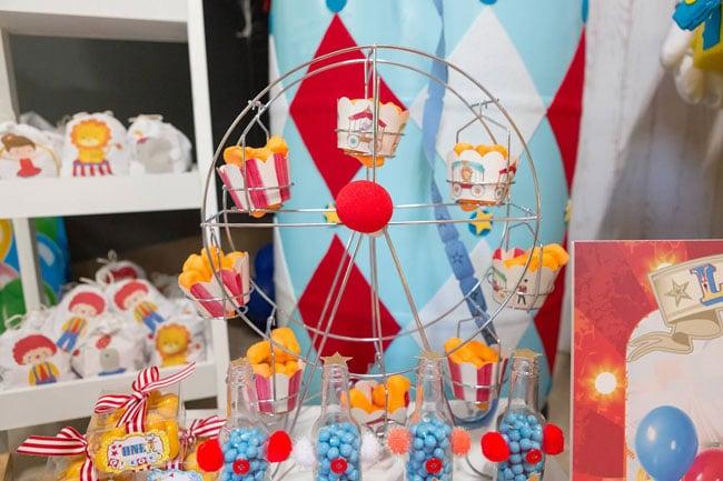 Circus Ferris Wheel Cupcake Stand