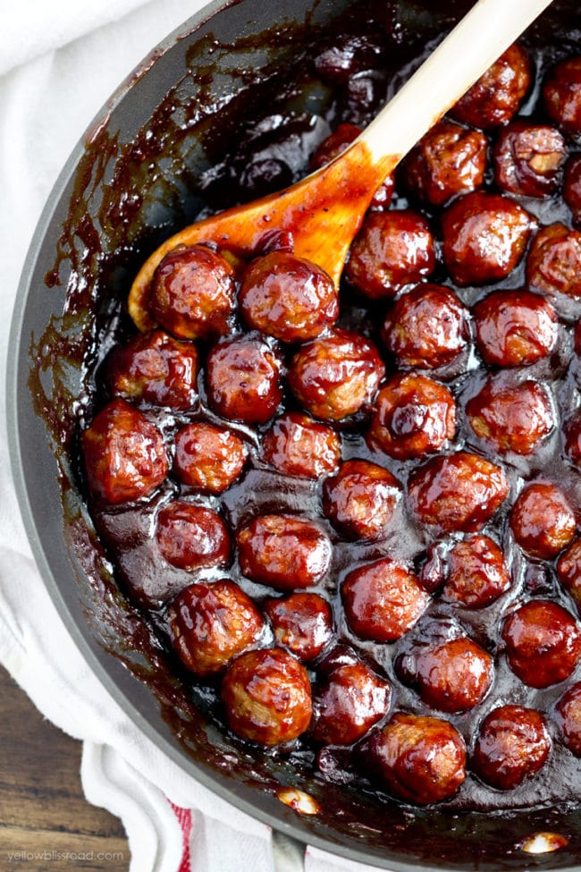 Spicy Cranberry Meatball Appetizer