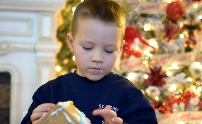 13 Christmas Traditions Your Kids Will Never Forget