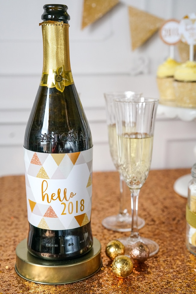 Quick and Easy New Years Party Setup bottle labels featured on Pretty My Party