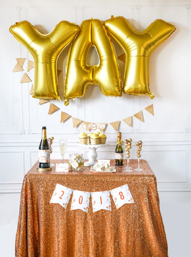 Quick and Easy New Years Party Setup featured on Pretty My Party