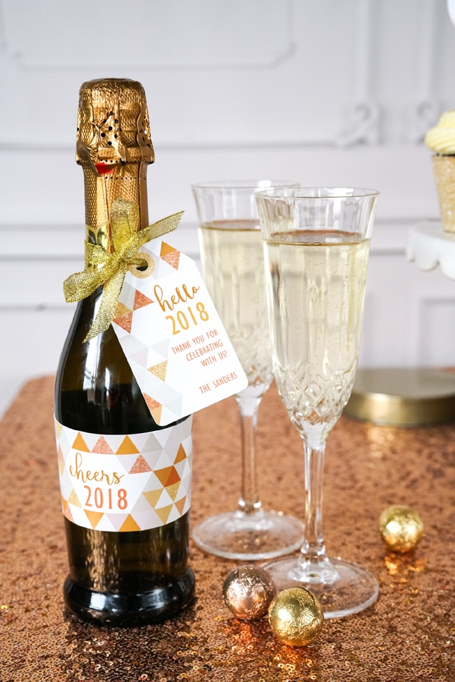 Quick and Easy New Years Party Setup favor tags featured on Pretty My Party
