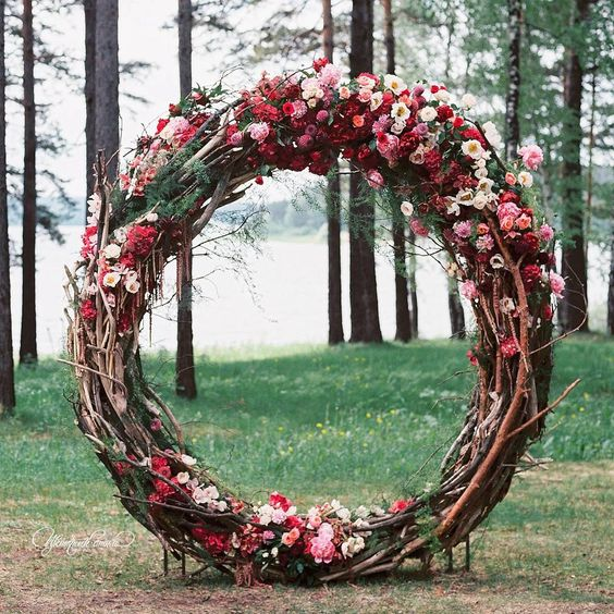 Oversized wreath ceremony backdrop