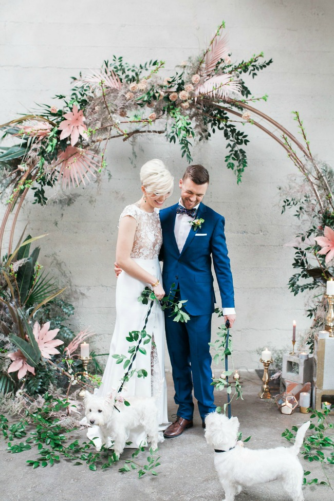 Circle Ceremony Arch - Unique Wedding Decoration Ideas